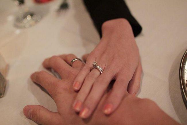 9 Лет свадьбы. Это какая свадьба: фаянсовая или ромашковая?