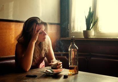 Prvi znak alkoholizma kod žena
