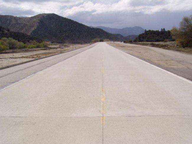 Beton cesta: tehnologija izgradnje