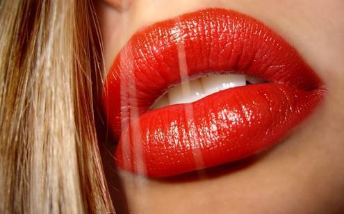 Gloss volumen usnica fullips (recenzija)