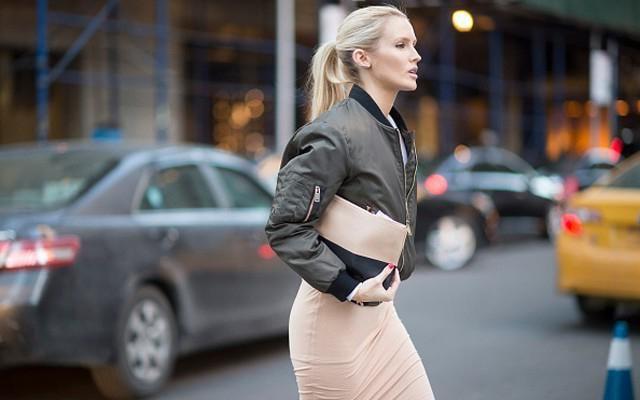 Бомбер женский: с чем носить? Модные куртки для женщин
