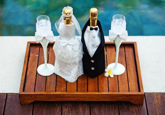 Boca za vjenčanje, ukrašen svoje ruke