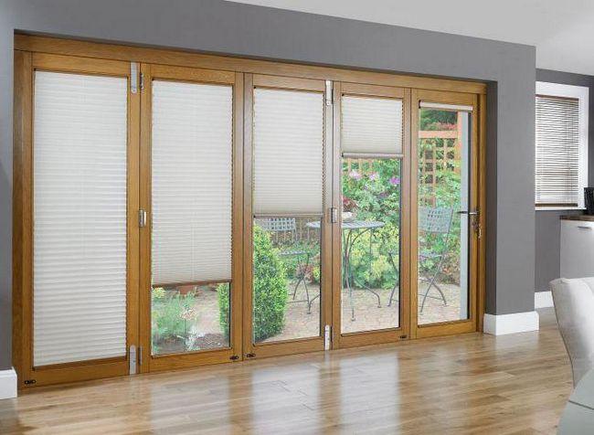 """Što je bolje: prozor """"stoljeća"""" ili """"REHAU""""? Kako odabrati plastični prozor za kuću?"""