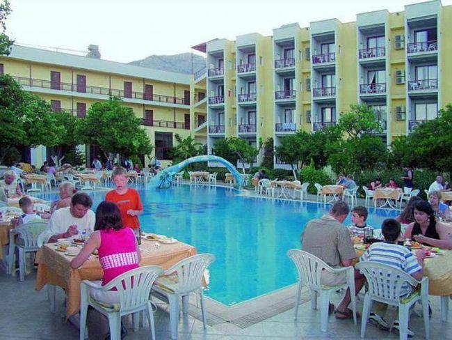 Club Hotel mira 3