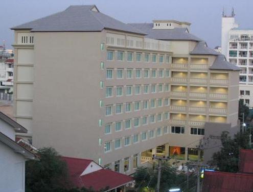 Kruna Pattaya Beach hotel s 3 (Tajland): pregleda, opise, fotografije