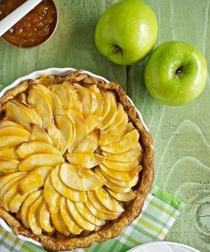 Tsvetaeva je pita od jabuka-korak za kuhanje