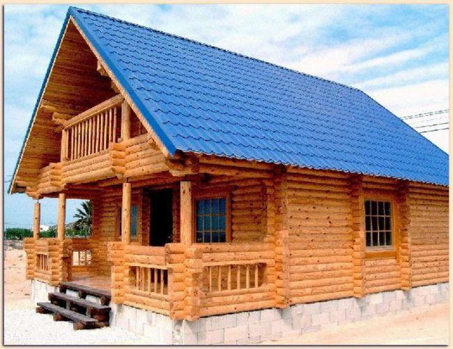 kuća od bar 6x9 sa potkrovljem