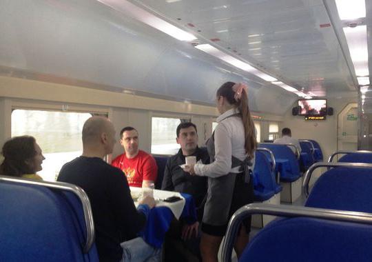 double-decker voz Moskva Adler fotografija