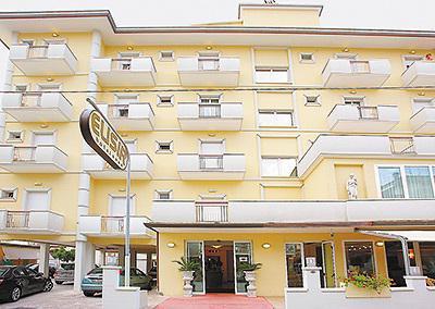 Dirigirao 4. Hotel dirigirao 4 (Rimini, Rivabella): recenzije