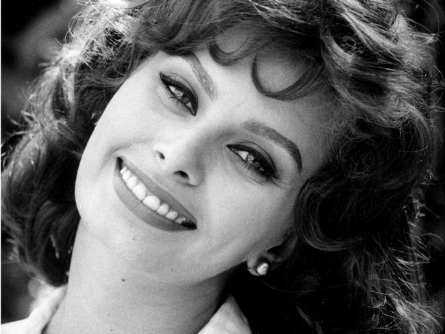 Hollywood Beauty tajne: pomlađivanje masku od Sophia Loren