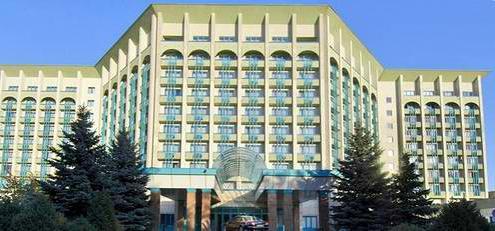 Almaty Hotel ekonomskoj klasi u centru grada: fotografije i recenzije