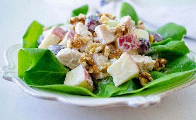 Kuhanje kod kuće Waldorf salatu