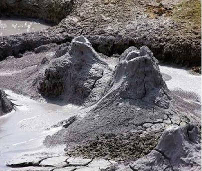 Грязевой вулкан на азовском море: отдых с пользой для здоровья