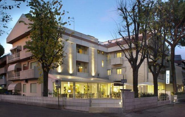 Nives hotel 3 * (Rimini): fotografije, cijene i recenzije