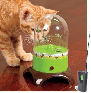 interaktivne igračke za mačke