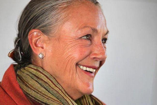 Alice Walton: financijske aktivnosti, biografija i fotografija