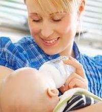 сколько кормить новорожденного ребенка