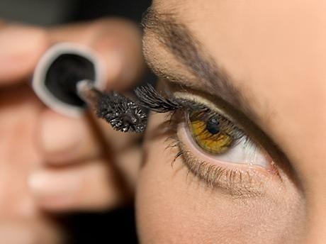 kako slikati oči tinte