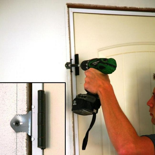 как навесить дверь на петли