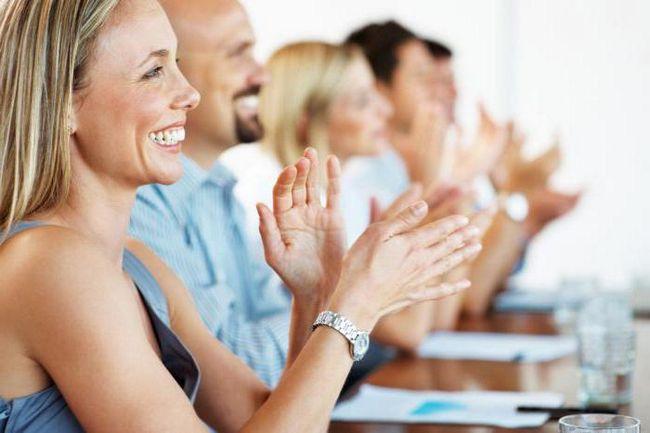 Kako odabrati odgovarajući kolege pozdrav