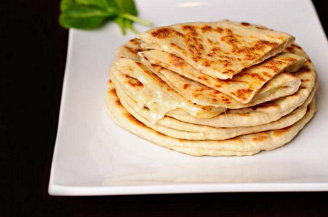 Kako kuhati Khachapuri u Tbilisiju za 5 minuta? Khachapuri Adjara