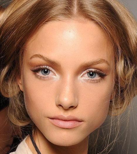 Šminka za plave oči i plavu kosu
