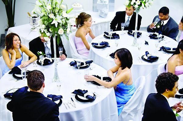Какой же выбрать конкурс на свадьбу за столом?