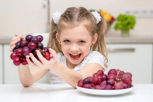 с какого возраста ребенку можно давать виноград