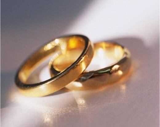 Когда на носу розовая свадьба – что дарить?