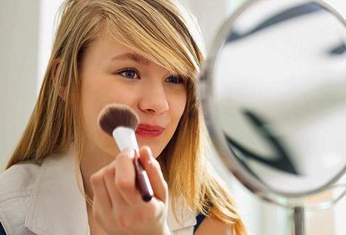Легкий макияж в школу для подростков. Набор косметики для девочек