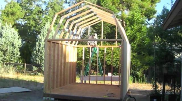 Izgradnju mansarde krova kosim
