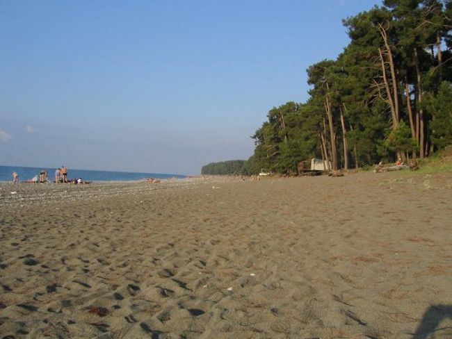 Abhazija pješčana plaža privatni sektor
