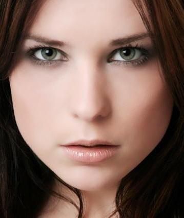 Šminka za zeleno-sivih očiju slavnih
