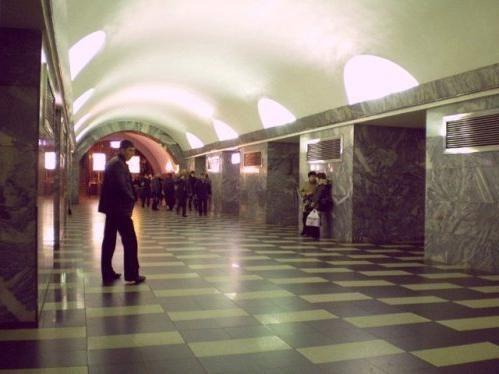 metro Chernyshevskaya
