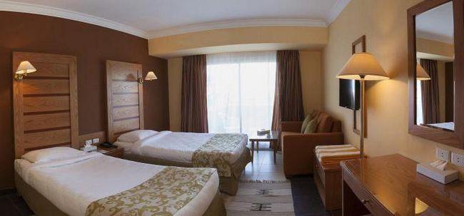 Film vrata Hotel 4 hotelov