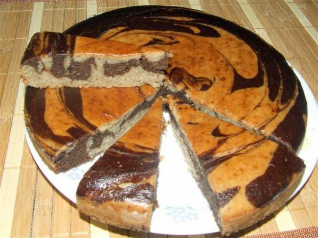 Marble kolač u multivarka Redmond