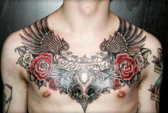 Muška tetovaža na sternum: raznih stilova i slika opcija