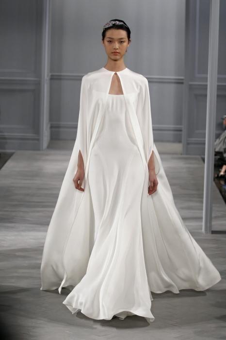 Накидка на свадебное платье: в погоне за модой