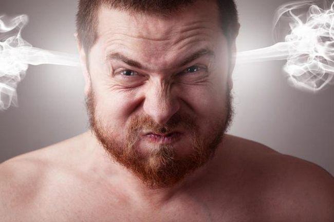 Необоснованная агрессия у мужчин: причины и методы лечения