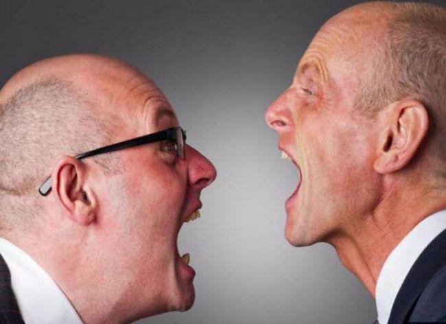 napadi agresije kod muškaraca uzroka