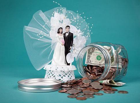 Несколько идей на тему, как необычно подарить деньги на свадьбу
