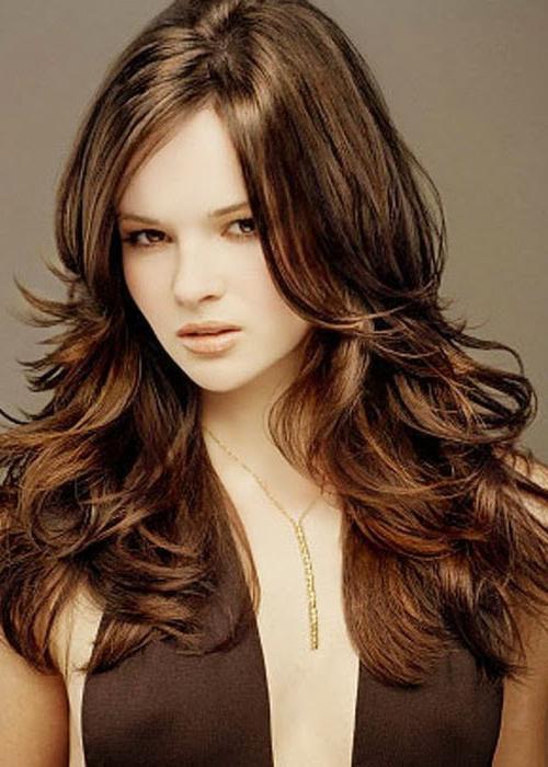 Объемная стрижка на длинные волосы: виды, фото