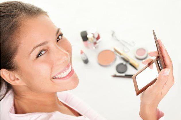 Osnove pravilne šminke bi svaka žena trebala znati
