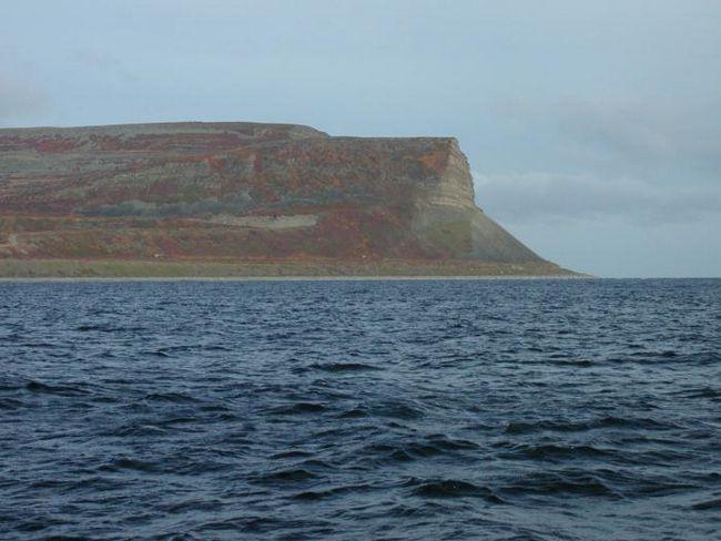 Остров кильдин. Баренцево море. Озеро могильное на острове кильдин