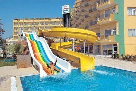 Turska Hotel Asrin kažnjavao recenzije