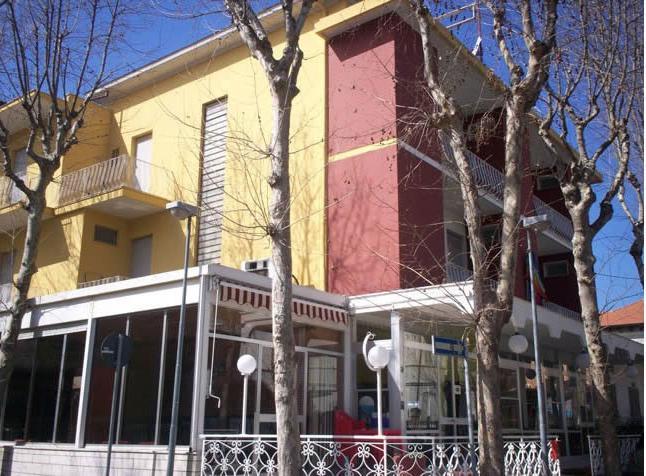 Hotel Corallo Nord 2 *: opis i recenzije