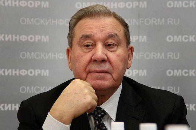 Prvi guverner Omsk regija Leonid K. Polezhaev: biografija, posao
