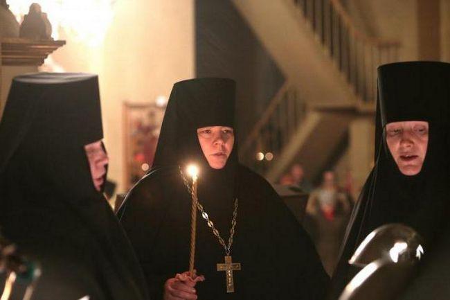 Chorus Pühtitsa manastir