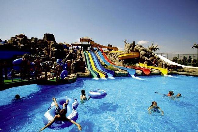 Turska Hoteli sa vodeni park i zabavni park