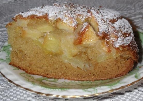 bujnom Charlotte sa jabukama recept